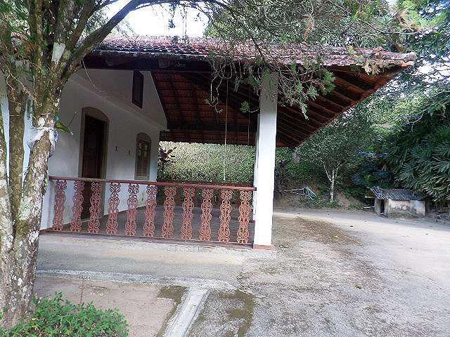 Sitio com 4.000 m² em santa rita - teresópolis - r.j:.