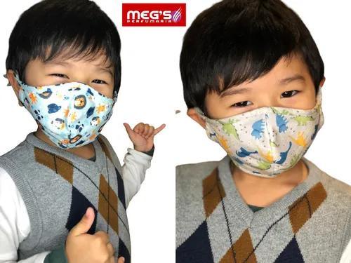 Mascara infantil tecido duplo estampada com regulag