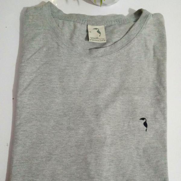 Camiseta south cinza tam m