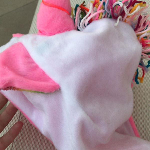 Gorro pelucia unicornio colorido