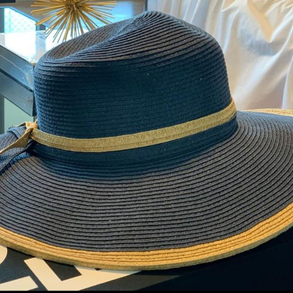 Chapéu palha aba larga le lis blanc azul marinho de ráfia