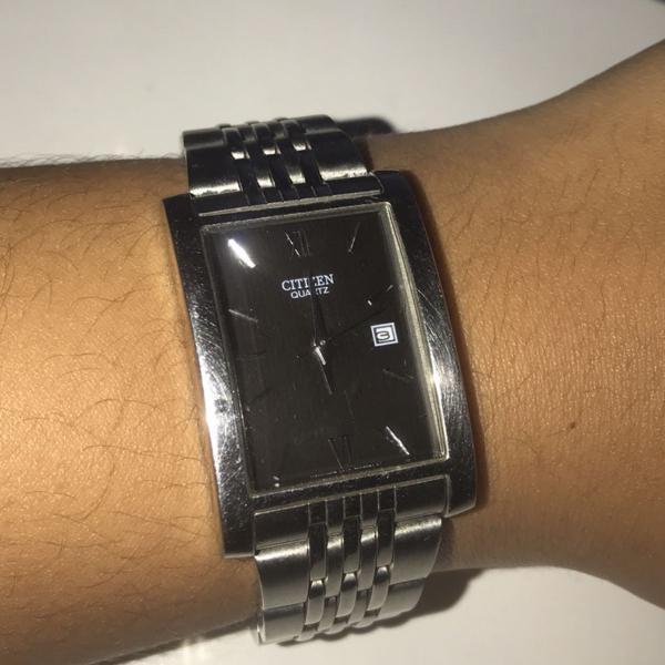 Relógio citizen quartzo prata