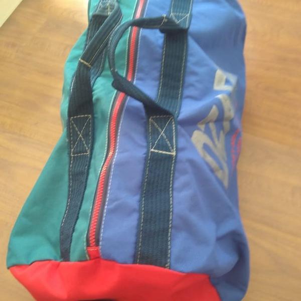 2 malas de viagem de nylon com zíper