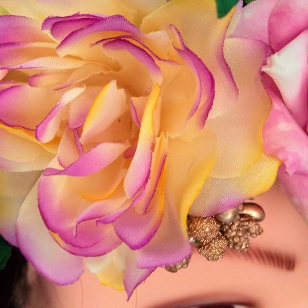 Tiara coroa flores magnolia boho romantica