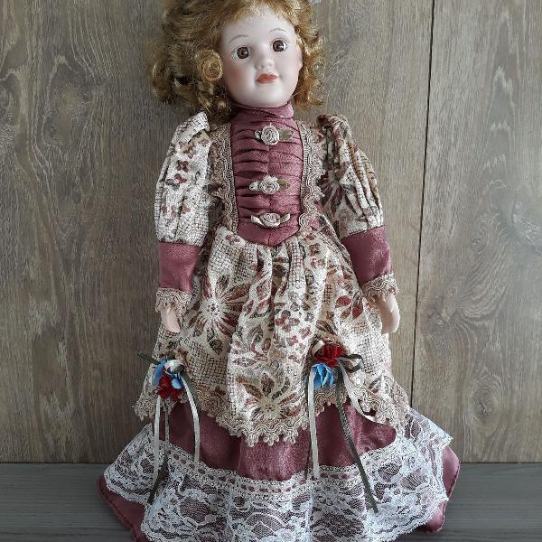Boneca vitoriana de porcelana - porcelain doll