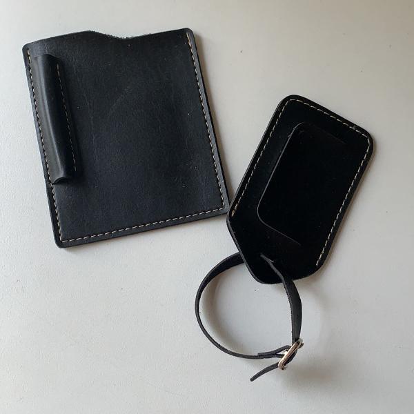 Porta passaporte e tag de mala