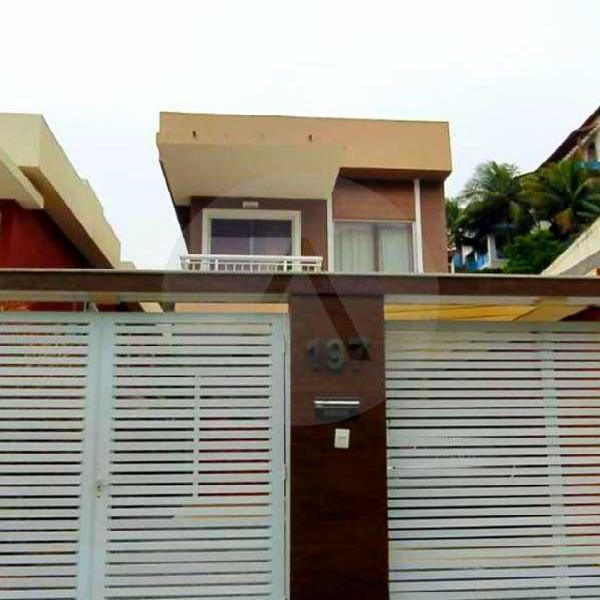 Imobiliária agatê imóveis vende casa duplex em rua
