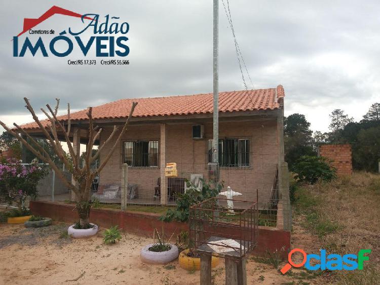 Casa nova, apenas 400 mts da rs 040, agende sua visita!
