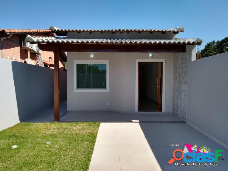 Casa linda a venda, 3 dormitórios em itaipuaçú!