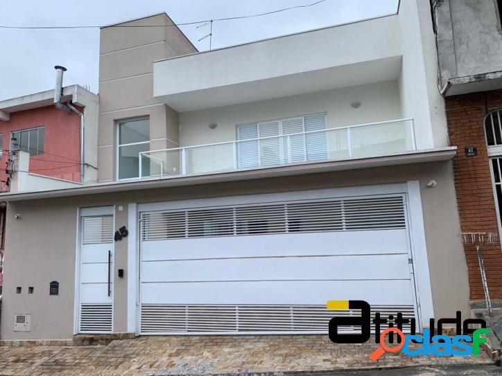 Linda casa acabamento de alto padrão