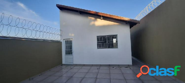 Casa com 2 dormitórios no nova esperança