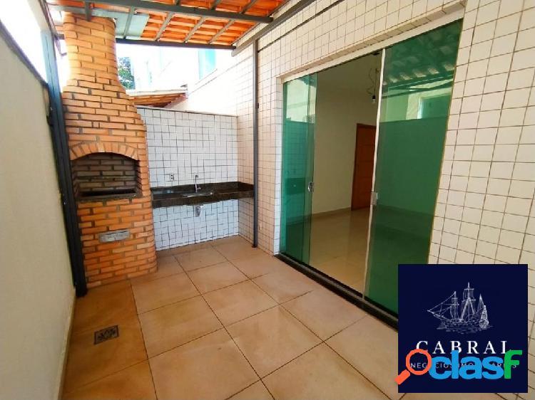 Excelente apartamento com área privativa 03 quartos no bairro Cabral 2