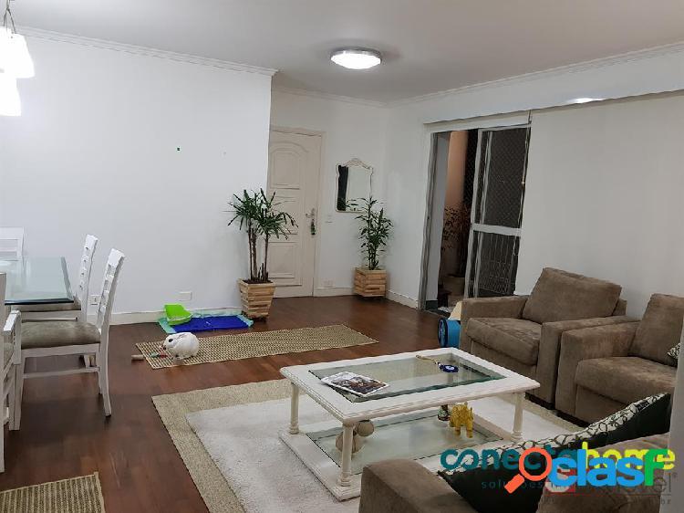 Apartamento semi-mobiliado de 113 m², 3 dormitórios e 1 vaga em moema