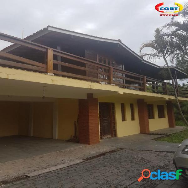 Casa pré fabricada com vista panorâmica à venda em arujá!!!