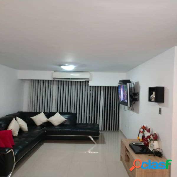 86 M2. En Venta Apartamento en Excelentes Condiciones En Piedras Pintadas 3