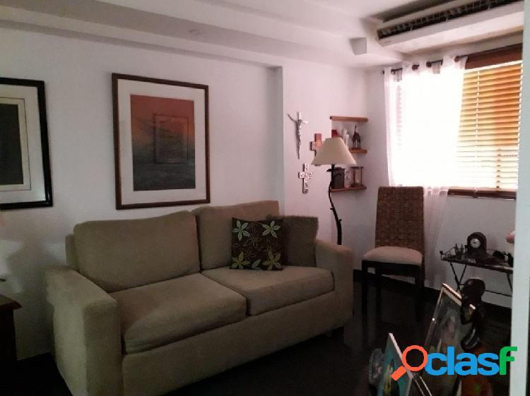 Apartamento ROSSYEL. La Trigaleña. 95 mts2. Piso 8. 2