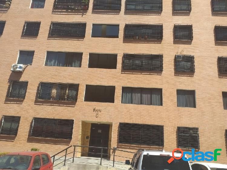 Apartamento maracay urbanización la placera 80 mts2