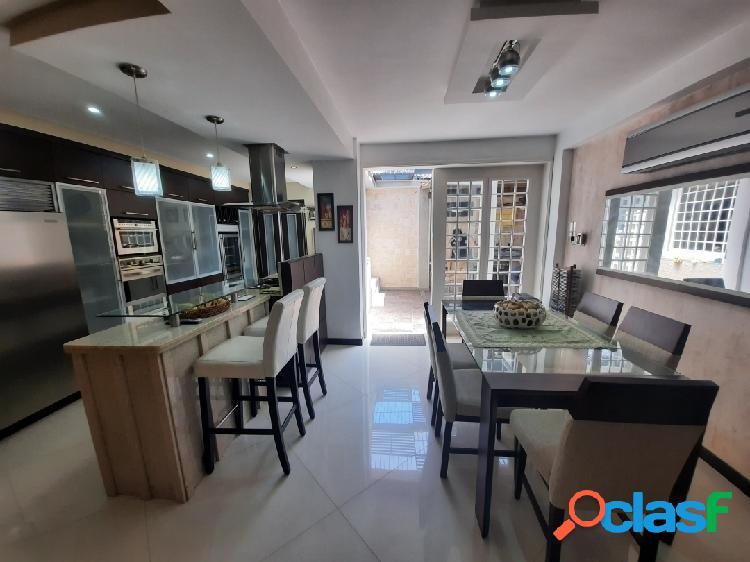 En venta Bellísimo y cómodo Townhouse en Monte Líbano 165m2 - Mañongo 3