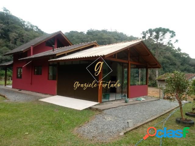 Chácara com casa estilo chalé localizado município águas mornas - sc