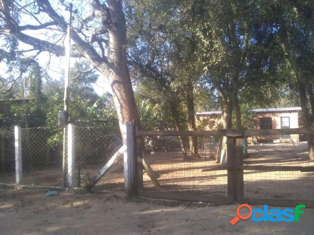 Sitio com duas casas, Poço artesiano, Luz e internet, Águas Claras