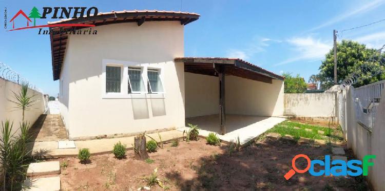 Casa localizada no Bairro Jardim Botânico 1