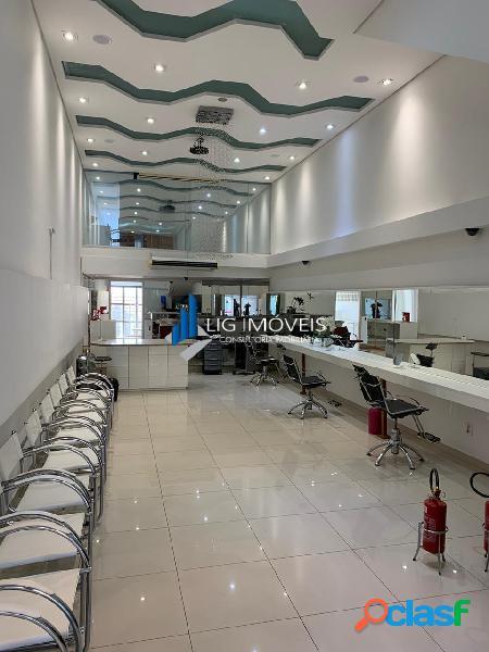 Salão comercial para locação pronto para salão de beleza e estética.