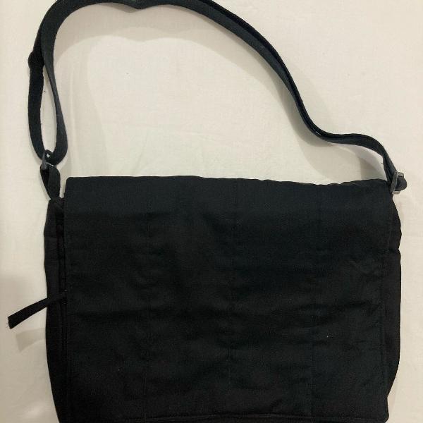 Bolsa tiracolo em tecido cores