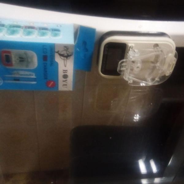 Carregador universal de bolso celular