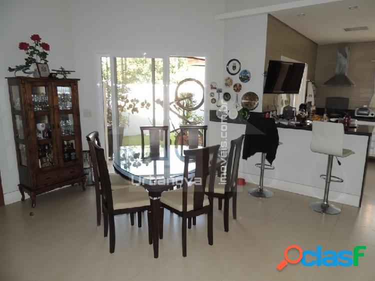 Linda casa em condomínio no urbanova - térrea, 4 suites, terreno 330 m2