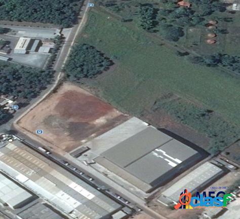 Excelente terreno industrial no éden