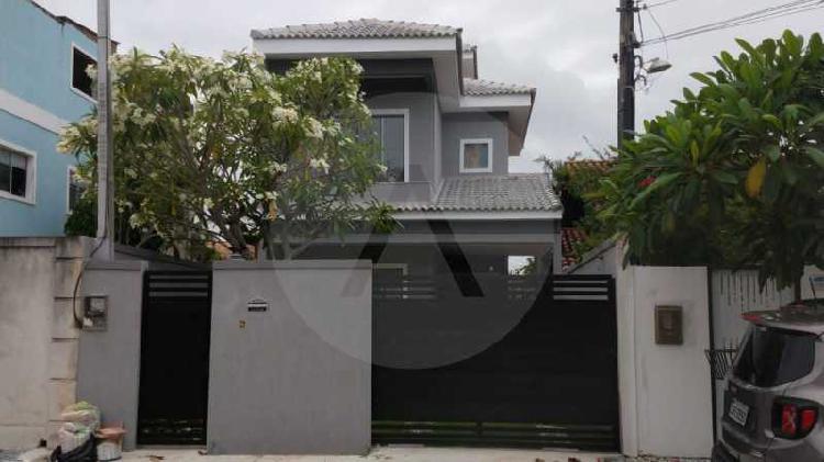 Imobiliária agatê imóveis vende casa duplex em