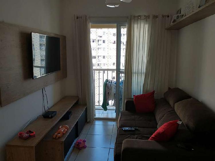 """Residencial carioca""""- apto andar alto e vista p/ o bosque."""