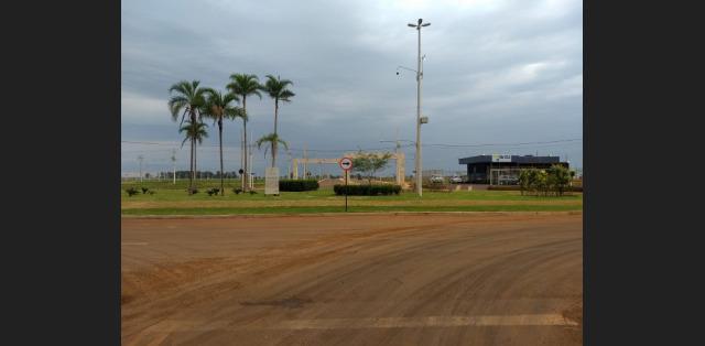 Terreno para comércio 11x30 na avenida - mgf imóveis