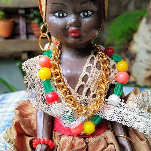 Boneca vintage trajes baiana