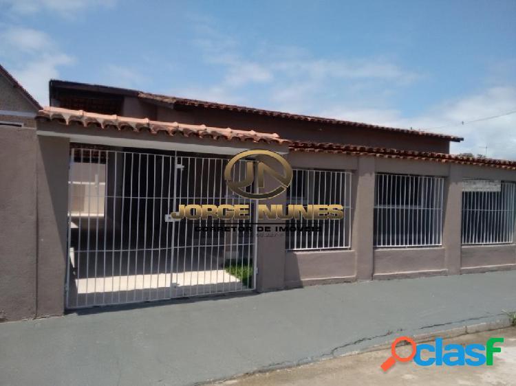 Casa residencial á 500 metros praia das palmeiras em caraguatatuba