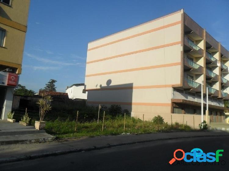 Excelente terreno no centro da cidade com 450 m2, com 18 m de frente