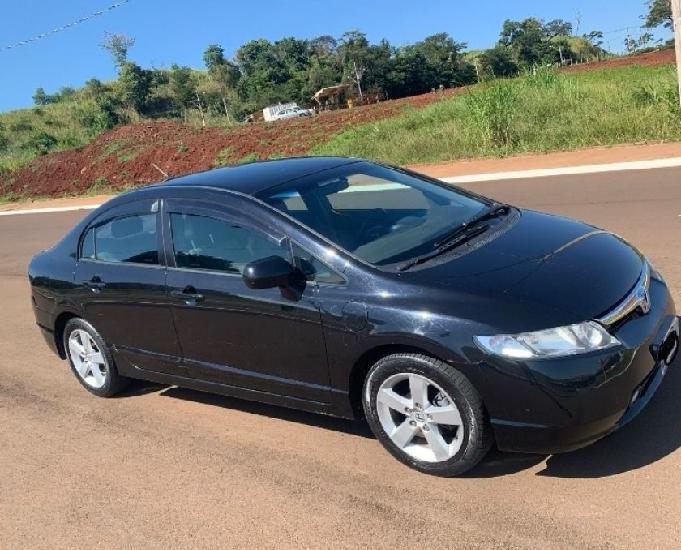 Honda civic lxs 1.8 (parc)