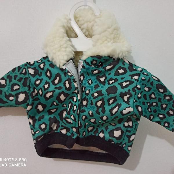 Lindo casaco com capuz/gola pelinhos *.* verde porte p