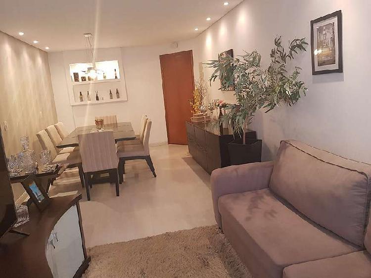 Apartamento com 3 Dormitorios 1 suite 92 metros quadrados na