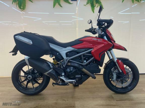 Ducati - Hyperstrada 821