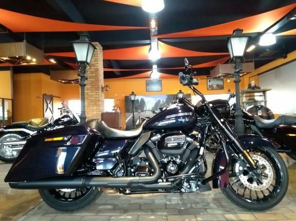 Harley-Davidson - Road King Special