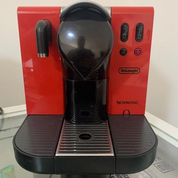 Máquina café nespresso com aquecimento p leite