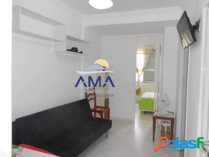 1 dormitório pitangueiras, reformado, 1 quadra do mar