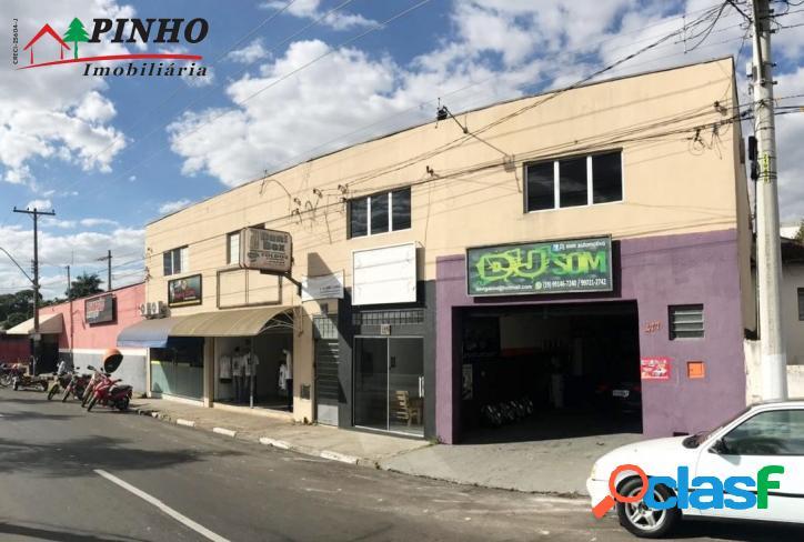 Prédio comercial localizado no bairro são benedito/vale do s