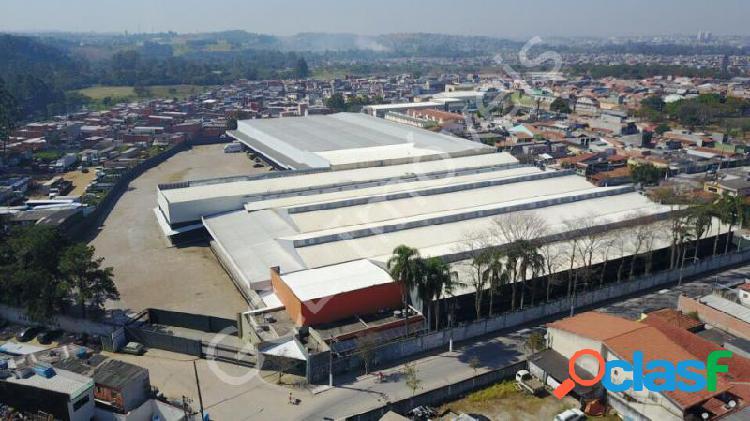 Galpão com 26995 m2 em são paulo - jardim helena por 38 milhões à venda