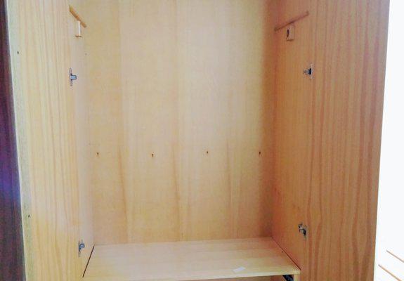 Guarda roupa 5 portas em madeira semi novo