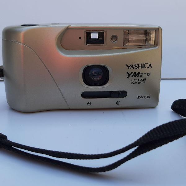 Máquina fotográfica yashica ym2-d