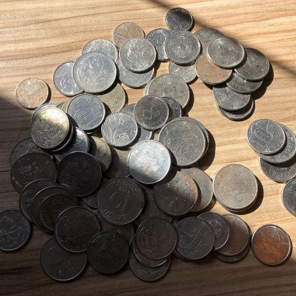 Moedas antigas (cruzeiros e centavos)
