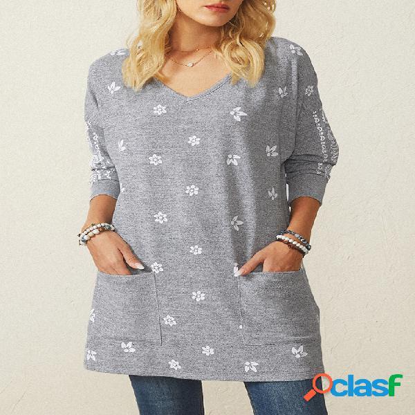 Camiseta com estampa floral de manga comprida com decote em v com bolso feminino