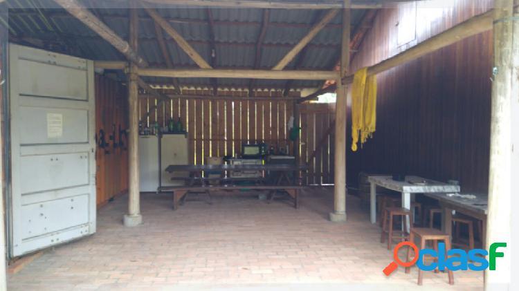 Sitio no Rio Manso 2